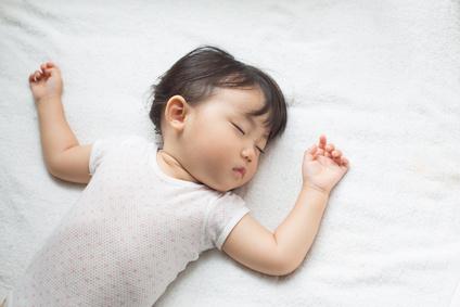 Au secours : mon enfant ne fait pas ses nuits !